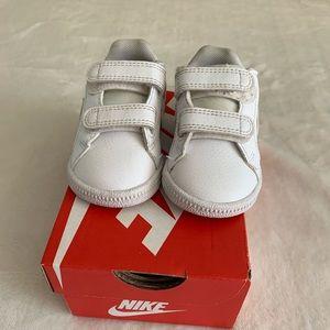 Used Nike Velcro Shoes